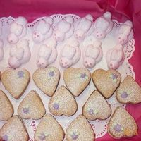 Baby_Shower.jpg   Pink bunnies and heart biscuits with white ganache filling