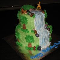 Diego Waterfall Cake i wasn't going to post this cake because i totally stole EVERYTHING from stacymarie. but i spent so much time on it, how could i not...