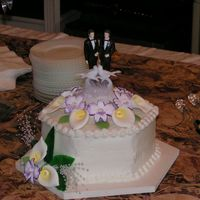 Calla Lily Wedding Cake #3 This is a satellite cake designed to match the main cake and hold the couple's topper.