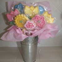 Mixed Spring Flower Cookies I made these for mothers day (along with several other types of bouquets).