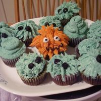 Monsters! this is an older pic, the first time i tried cupcakes...DH loves my monsters, though, so I may have to do them again.