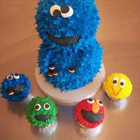 Cookie Monster And Friends Cookie monster is a cake and the lil guys are all cupcakes!