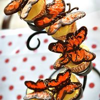 "Monarch Butterfly Cupcakes Found this idea in the ""Oh Cupcake"" book. Chocolate butterflies with white sprinkles. I think they are adorable!!!"