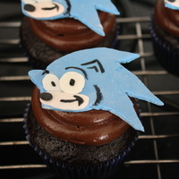 Sonic Cupcakes Made these for my nephew's birthday to take to daycare with him. They turned out to be a big hit.