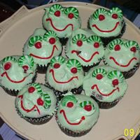 Chris' Frog Party Cupcakes  These are the cupcakes I made for my son, Christopher's, 3rd birthday. They were a huge hit and very easy to make. I used whipped...