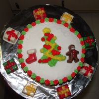 Christmas This was done as an extra cake. I gave it to my neighbors.