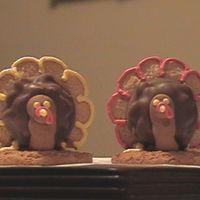 Cookie Turkeys I learned how to make these cuties during a class a few years back. They are made of store bought cookies (although I have thought about...