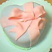 My Little Heart   This is my Little fondant heart. This is my first Fondant cake.