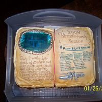 "Family Reunion fondant, royal icing writing and ""frame"" the poem is ""Our family is a cirlcle of strength"" and on the right side of the..."
