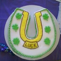 Lucky Horse Shoe This was a desplay cake for St. Patty's Day