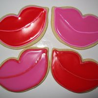 Valentine Lips No-fail Sugar Cookies with Toba Garrett's glace icing, which is nice and glossy for these lips!
