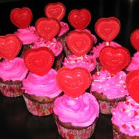 Valentine Cupcakes I decided to make some cupcakes for fun...these were easy and cute! I just used the 2d tip on some and 1m on others for the swirls, used...