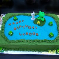 Frogs On The Pond Cake