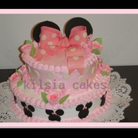 Minnie Cake merengue icing, with fondant details