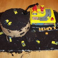 Construction Site Micro minis were used to create this cake.