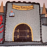 Gray Castle   A castle cake for a knights and princesses party