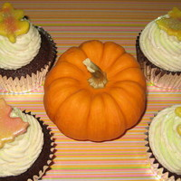Fall Cupcakes Fall Cupcakes with fondant accents.