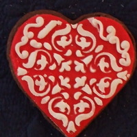 Stenciled Heart rolled buttercream with white stencil..this took some practice..getting geared up for February! Happy Icing and thanks for taking a peek.