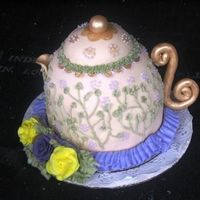 Teapot My first Teapot. This was a very stressful cake. Nothing wanted to stick! It was for my Grandmas bday! She loved it!