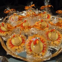 3-D Turkey Cookies Thanksgiving turkey cookies decorated with fondant. Made just for our family dinner. tfl