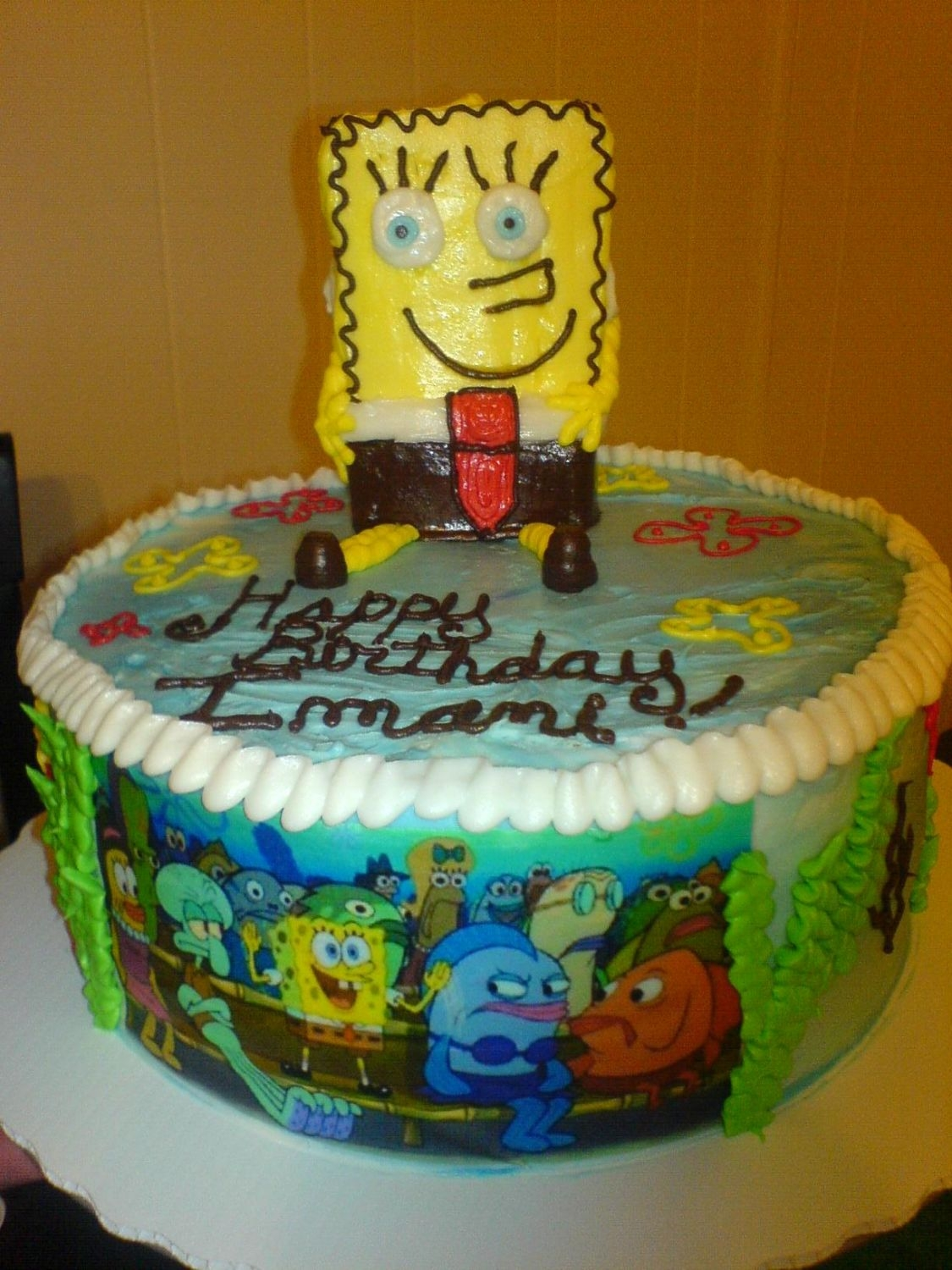 Spongebob Chocolate cake with cookies and cream filling!