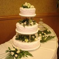 Copy_2_Of_Mcwilliams_Wedding.jpg Lt Pink frosting w/white decorations