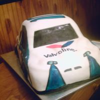 Valvoline Nascar Cake 2 This shows the front end detailing on the cake.