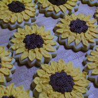 Sunflowers Sugar cookies w/ Antonia's royal icing