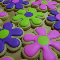 Crazy Daisies Sugar cookies w/ Antonia's royal icing