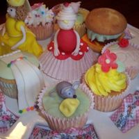A Variety Of Cupcakes Made these to take to DOS.