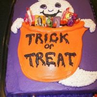 Ghost Sheet Cake I did this 1/2 sheet vanilla butter cake for my son's preschool Halloween party. I only had about 30 minutes to decorate it, so I had...