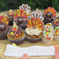 Cupcakes To Gobble Gobble   Turkey and Cornucopia cupcakes! Buttercream, cookie tails, malt ball heads, bugle cornucopias :0)