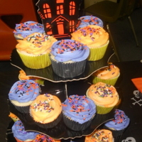 Halloween Cupcakes I made these white sour cream cupcakes with vanilla buttercream for our Halloween Storytelling in my classroom. They weren't fancy,...