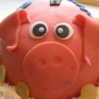 Piggy Cake Covered this with a marzipan.