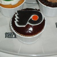 Philadelphia! One of three different cupcakes I made for a friend's 40th birthday. Fondant topper