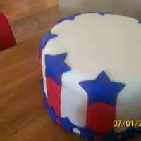 Happy 4Th Of July shamelessly copied from MelZ! Loved that cake and just had to do it! All MMF.