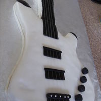 Benefit Show - Electric Guitar Cake