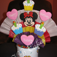 Cookie Bouquet With Minnie Mouse   Birthday Bouquet for a 3-year old friend with a Minnie Mouse Birthday theme
