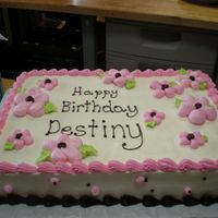 Birthday Cake With Daisy's Birthday cake with buttercream daisys