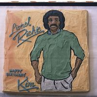 Lionel I was told this cake was not cut. It was painted with butter Cream Icing right on the cake. No transfer.