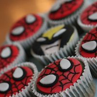 Spiderman And Wolverine Cupcakes   Siderman and Wolverine cupcakes.