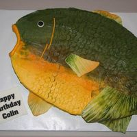 Fish Cake  Thanks so much to Sweetpea8 for the idea for this cake. I think her cake looks soooo much better -she made it look alot easier than it...