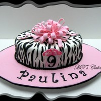 Pink And Zebra Inspired by various cakes found in CakeCentral.comTo celebrate the ninth birthday of Paulina, a delicious cake filled with dulce de leche....