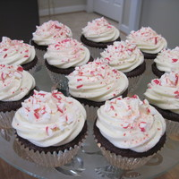 Chocolate Mint Cupcake chocolate cupcake with white chocolate cream cheese mint icing topped with crushed peppermint! tfl