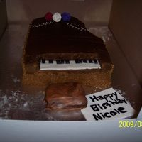 Piano Piano cake with butter icing and fondant