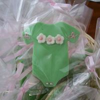 Onesie Cookie Baby shower cookie favor.