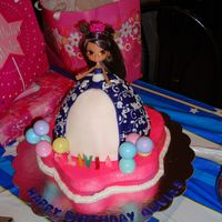 Bratz Bratz Strawberry cake with buttercream and fondant.