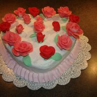 Valentines   chocolate cake, with buttercream. Fondant roses