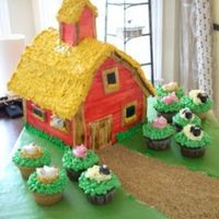 Farm Cake   Well, not the best picture, and this cake almost didn't happen due to a horrible migraine, but all in all I think it came out ok.