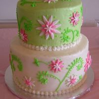 Quinn's Flower Cake I made this cake for a good friend's baby shower. I decorated it to match the plates and napkins. 2 tier vanilla cake, 3 tier...